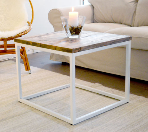 Padang small pine table 60